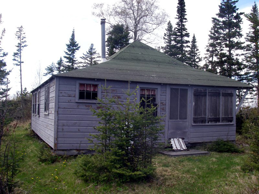 F_Andrews_Cottage_052411_353_2011.jpg